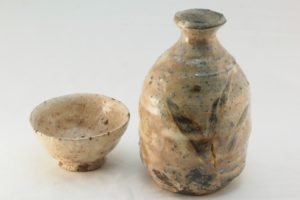 Pottery of a Sake carafe and cup