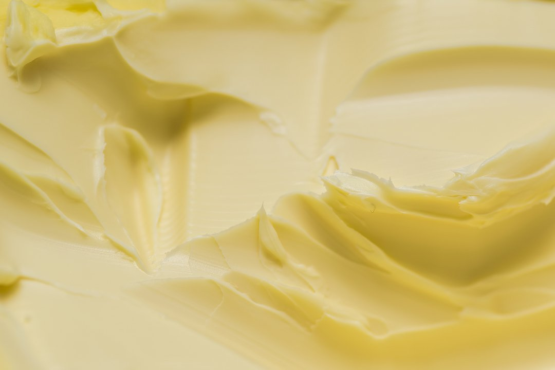 Hot Buttered Rum Recipe: Closeup of a texture of melted butter