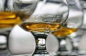 How to taste whiskey – whiskey legs