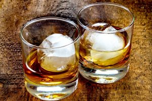 How To Taste Whiskey – Should You Add Water to Whiskey