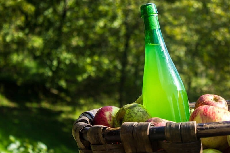 What does Basque cider taste like?